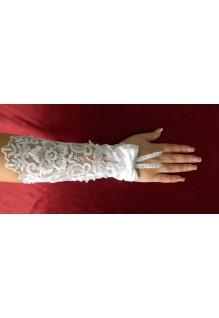 Перчатки 052 белые